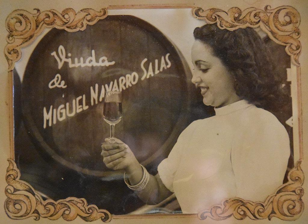 azafata pilycrim bodegas navarro we love montilla moriles cordoba