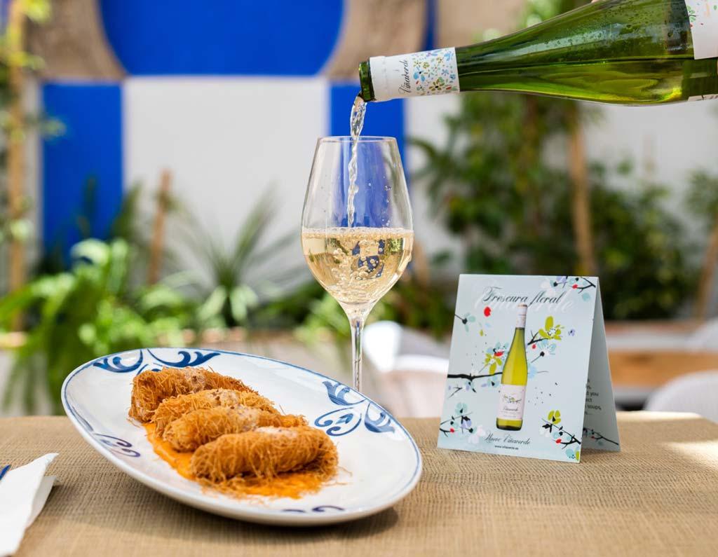 gambas con viña verde, taberna el bolero - we love montilla moriles
